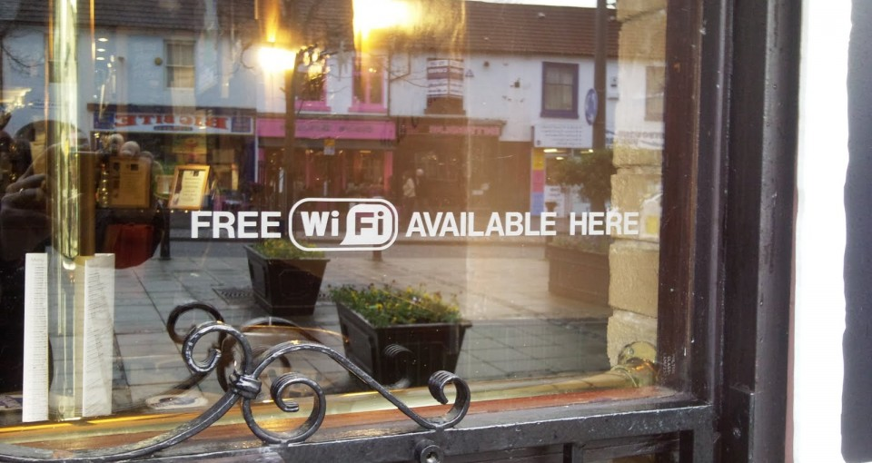 free wifi at the bar